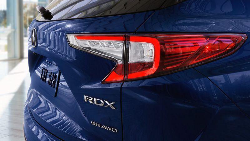 Задние фонари Acura RDX 2018
