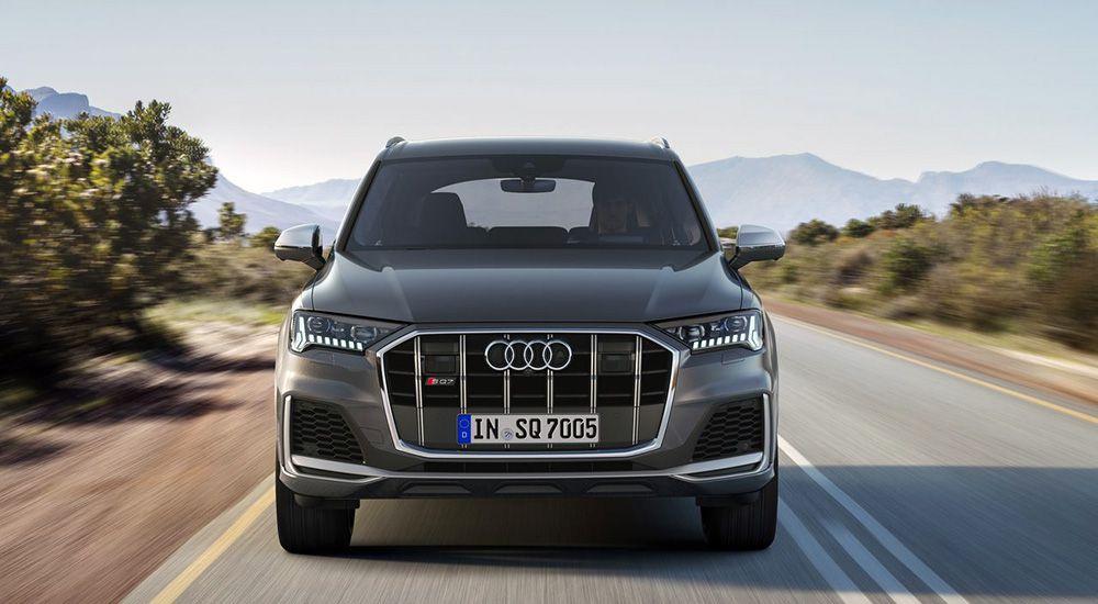 Audi SQ7 2019 вид спереди