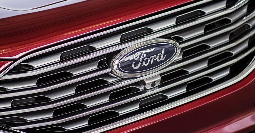 Решетка радиатора Ford Edge 2018