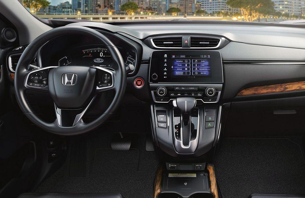 Интерьер кроссовера Хонда СРВ 2020