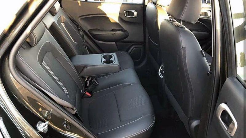 Второй ряд сидений Hyundai Venue индийской версии