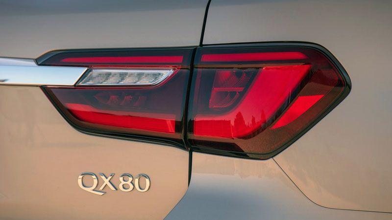 Задние фонари Инфинити QX80 2018