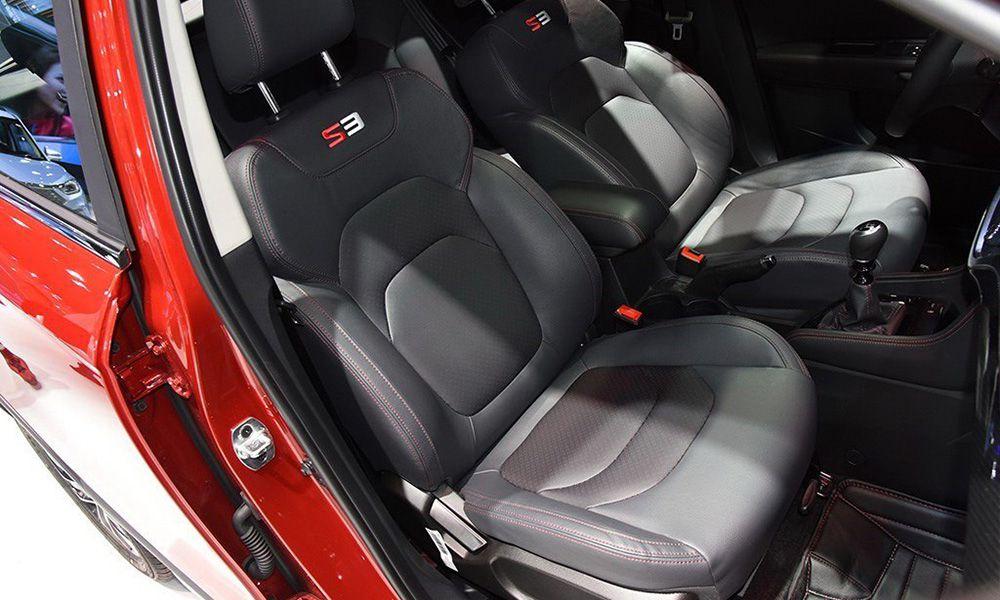 Передние кресла нового Джак S3