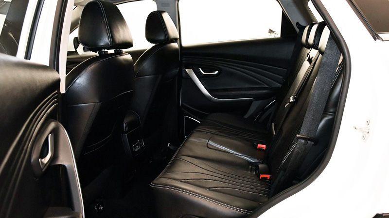 Второй ряд сидений Jetour X70