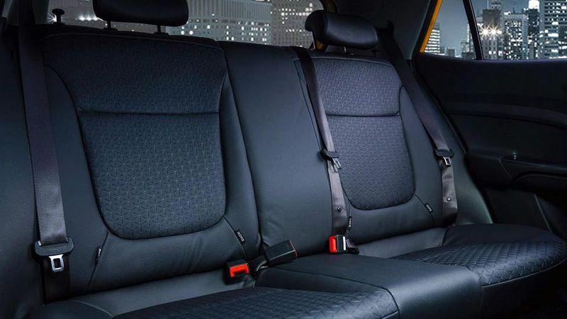 Второй ряд сидений Kia KX1