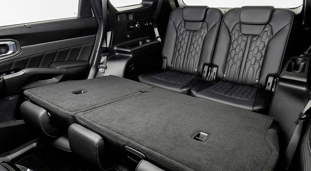 Третий ряд сидений Киа Соренто в новом кузове