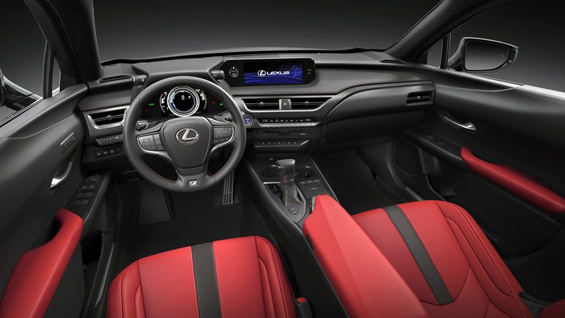 Интерьер Lexus UX