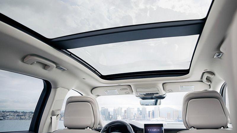 Панорамная крыша Lincoln Corsair