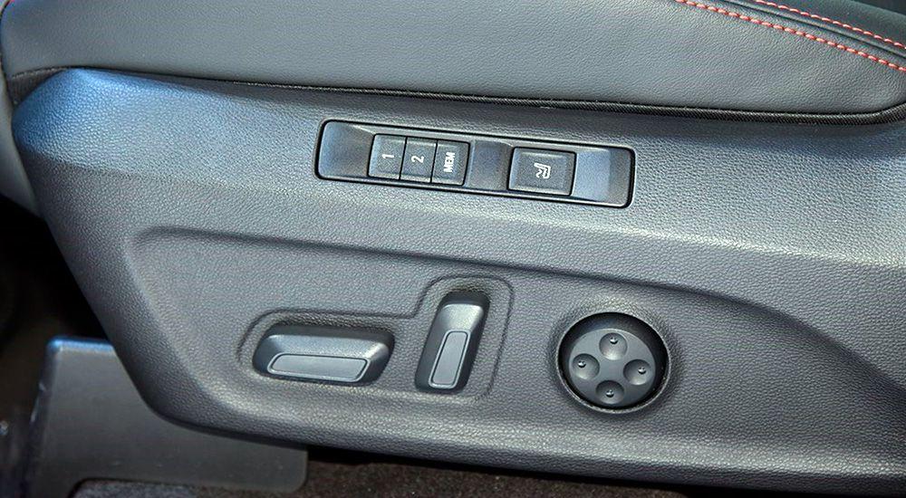 Электро-регулировка сидений Максус Д90 Про