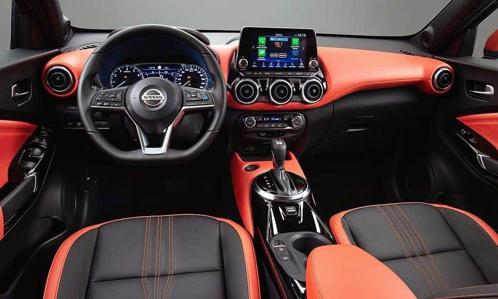 Интерьер Nissan Juke 2020 модельного года