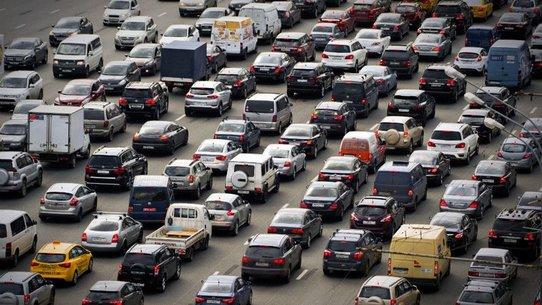 Владельцев авто старше 10 лет хотят освободить от транспортного налога