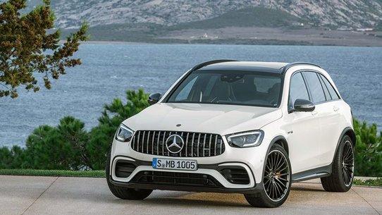 Линейка кроссоверов Mercedes-AMG GLC 63 получила обновление