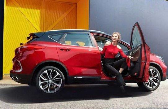 Geely Emgrand GS начнут продавать в России осенью 2019