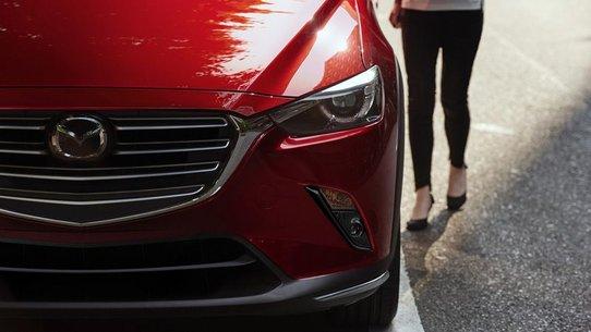 Mazda CX-3 2018: фото и характеристики обновленного кросса