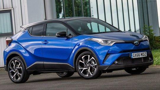 Тойота C-HR: цена и старт продаж в России