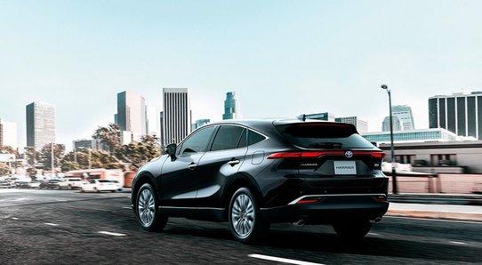 Тойота представила Харриер четверного поколения