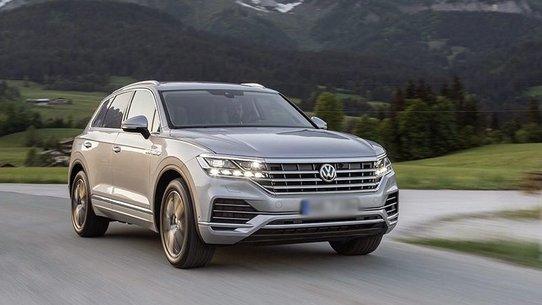 Volkswagen Touareg в комплектации Exclusive: цена от 4 259 000 ₽
