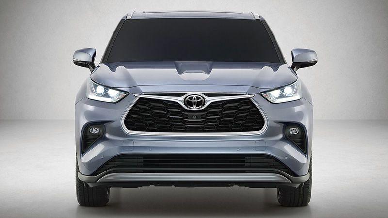 Тойота Хайлендер 2019-2020 вид спереди
