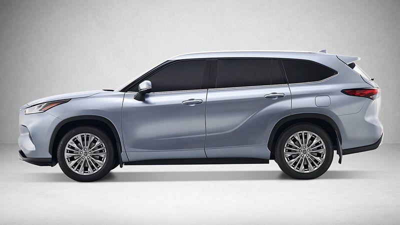 Тойота Хайлендер 2019-2020 вид сбоку