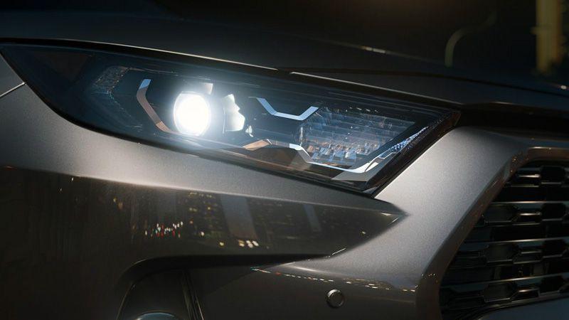 Передняя оптика Тойота РАВ 4 2020