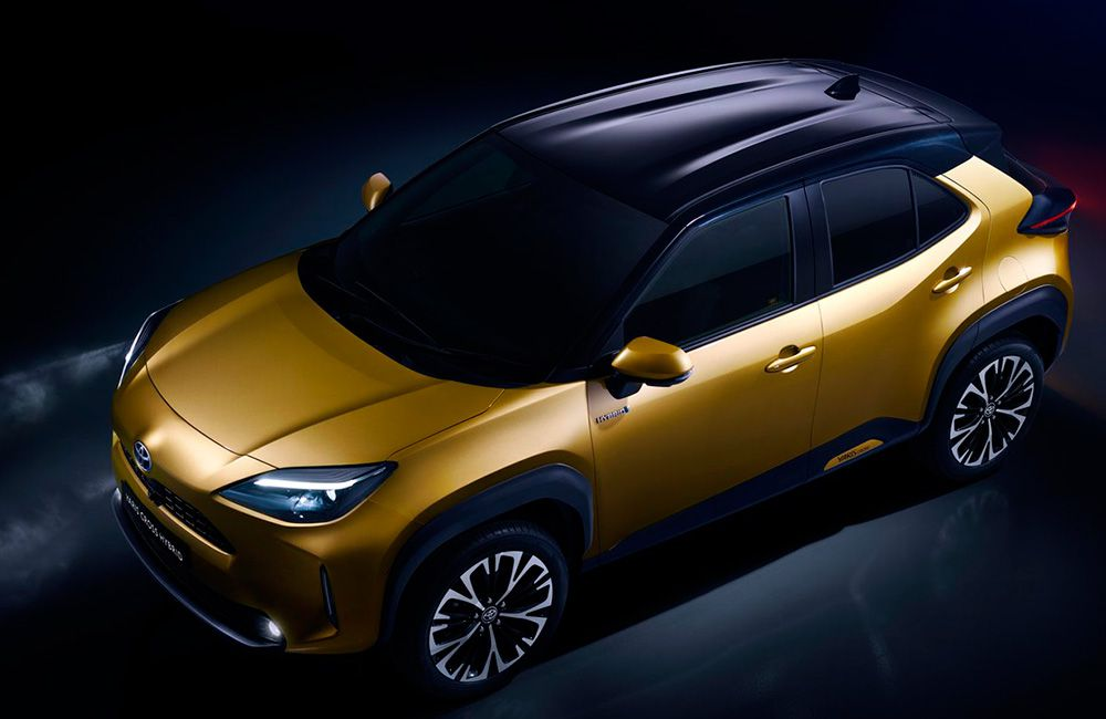 Тойота Ярис кроссовер 2021 года