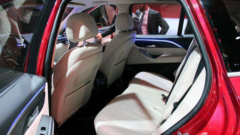 Второй ряд сидений VinFast Lux SA2.0