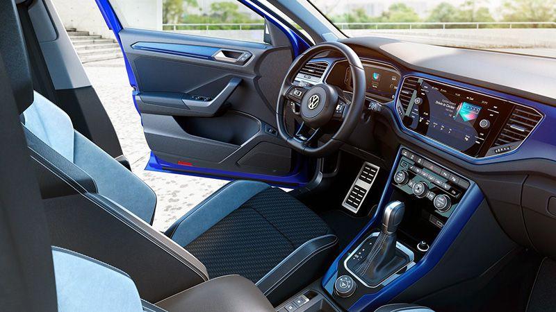 Интерье салона Volkswagen T-Roc R