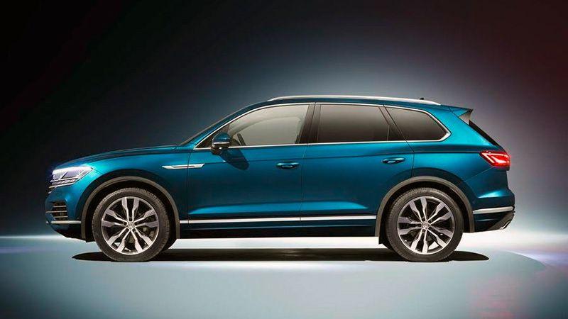 Volkswagen Touareg 2018 вид сбоку
